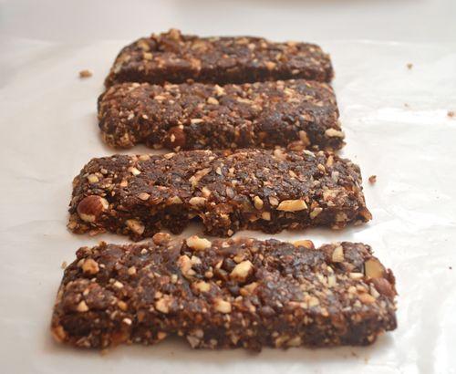 Chocolate Hazelnut Lara Bars: 1 cup Dried Dates 1/4 cup Hazelnuts 2 ...