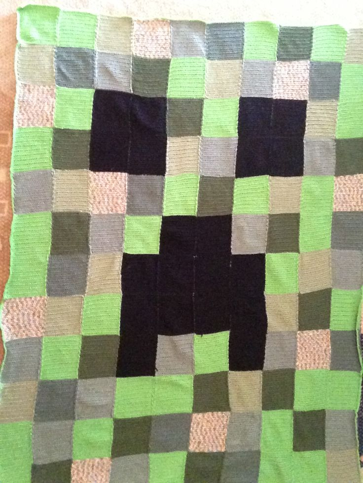 Minecraft Creeper Crochet Blanket AFGHAN / CUSHION / ETC ...