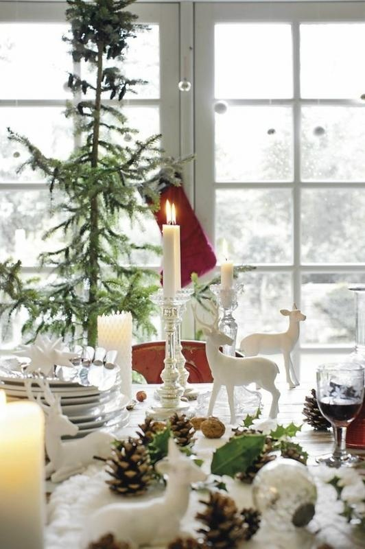 Beautiful White Christmas Tablescape Handmade Ideas