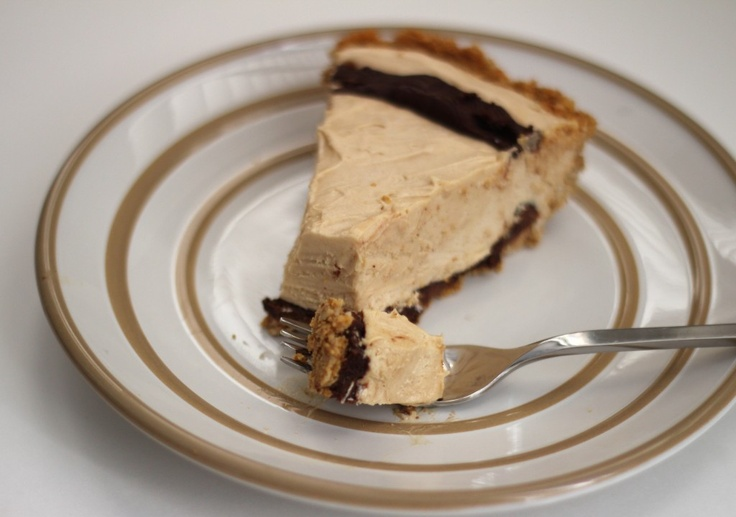 Chocolate Peanut Butter Mousse Pie | >>>>LINDSEY>>>> ...