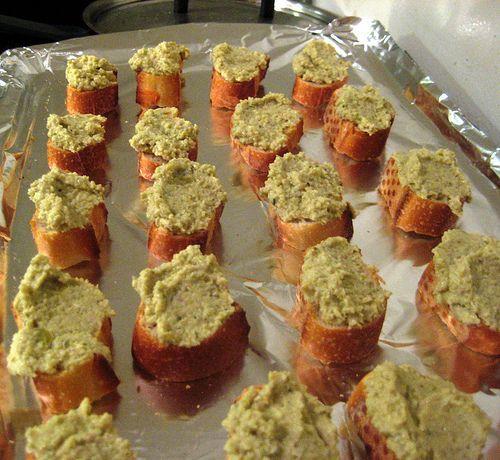 Artichoke-Olive Crostini | Mmmmm Bread. | Pinterest