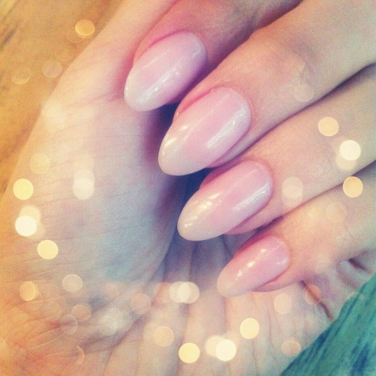 Almond-Shaped Nails
