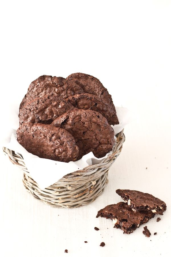 Biscotti cioccolato e noci macadamia | Cookies | Pinterest