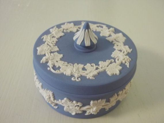 Vintage wedgewood blue jasperware round trinket box with Wedgewood designs