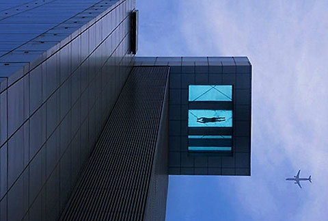 Suspended Swimming Pool, Holiday Inn Shanghai Pudong Kangqiao.