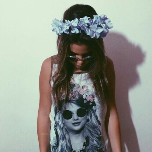 Flower crown tumblr girl - photo#5