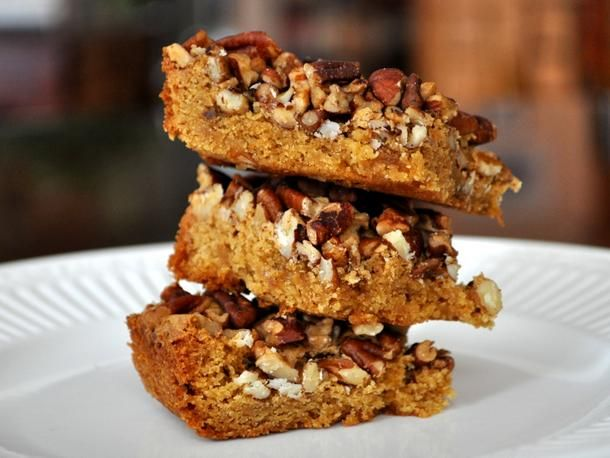 Caramel Pecan Squares from Serious Eats (http://punchfork.com/recipe ...
