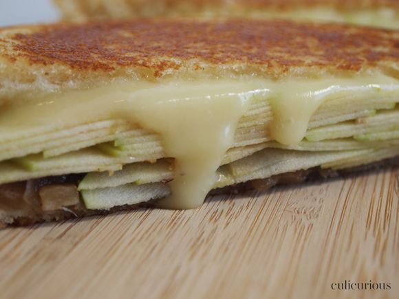 Grilled Cheese Sandwich with Brie, Granny Smith Apples and Apple ...