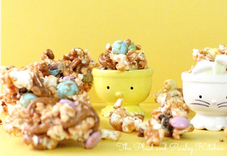 Pretty Easter Caramel Popcorn | The Plaid and Paisley Kitchen