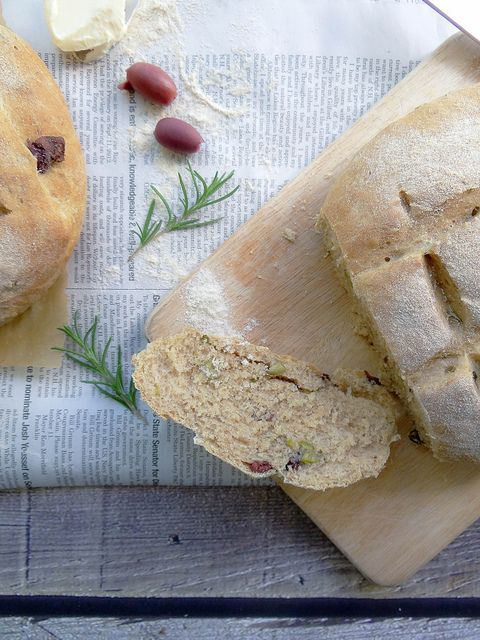 Rosemary Olive Peasant Bread   Breads   Pinterest