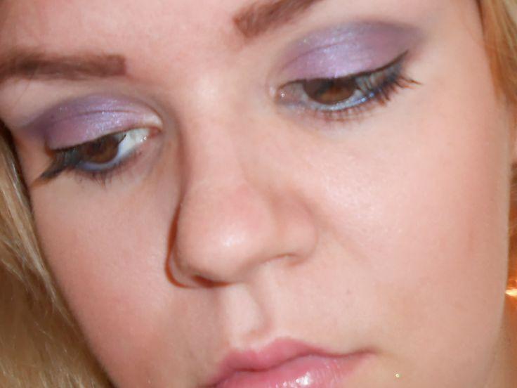 Shimmery Purple Blue