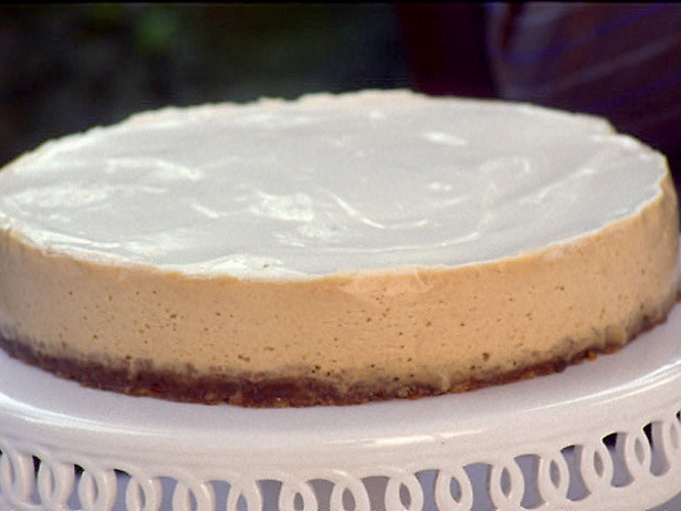 Pumpkin bourbon cheesecake. This will for sure be at my house on ...
