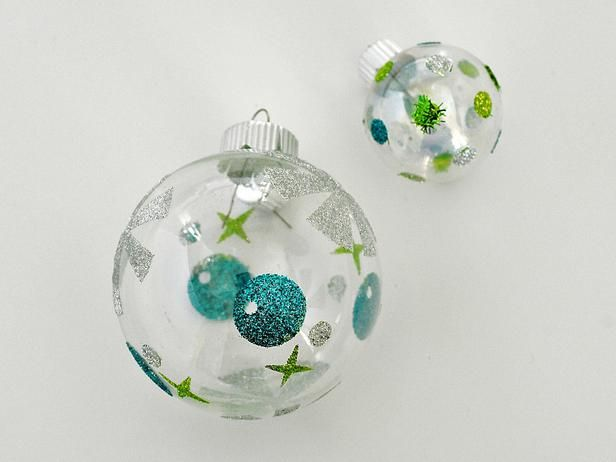 Decorating Christmas Balls With Glitter : How to make midcentury modern starburst christmas ornaments