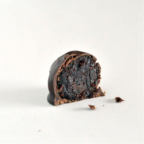 deep dark chocolate truffles | Cooking - Candies | Pinterest