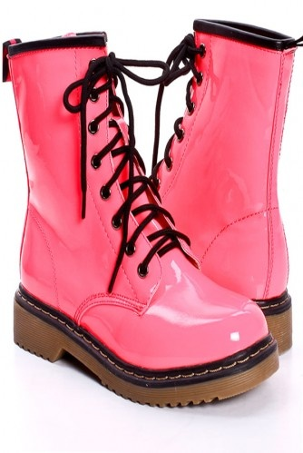 PINK PATENT LEATHER COMBAT BOOTS  OMG, BABYCAKES WOULD LOOK ADORABLE IN THESE.