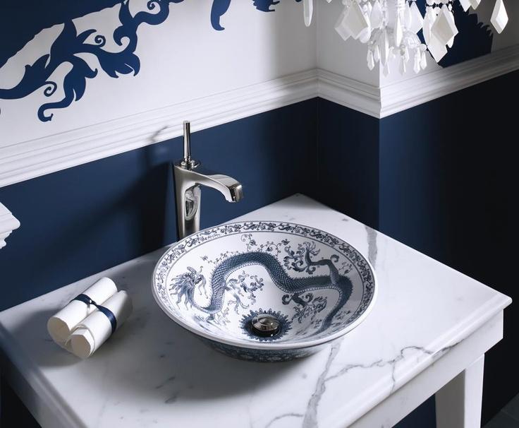 wzorzysta umywalka z chińskim niebieskim smokiem