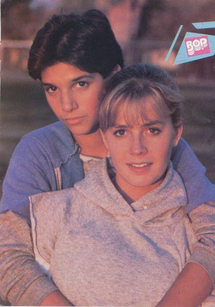 I had this picture!!! The Karate Kid: Ralph Macchio, Elisabeth Shue | 1984 Ka...
