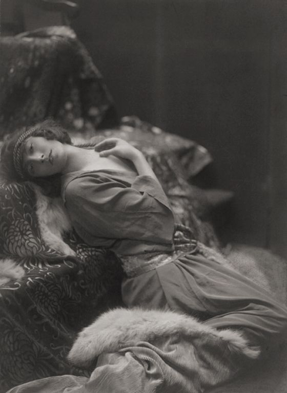 Teddie Gerard, actress, England, 1917