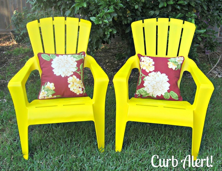 paint old plastic outdoor patio chairs outdoors pinterest