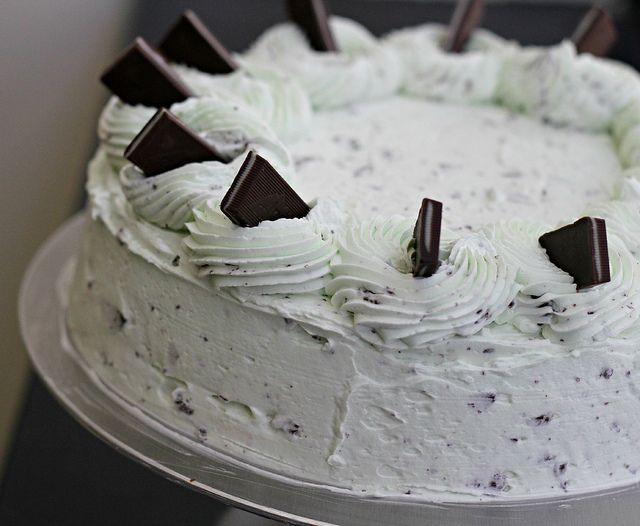 Mint Chip Cake tastes like mint chocolate chip ice cream - this looks ...