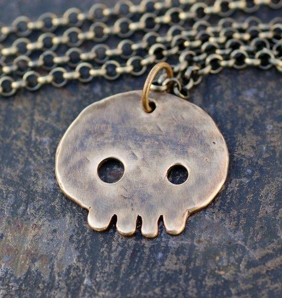 Skull pendant - venbead on etsy $35.00