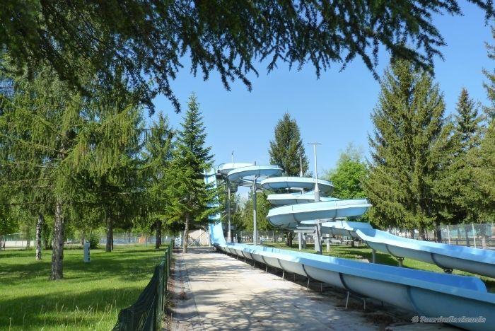 Piscine municipale d 39 embrun 1 4 0 8 pinterest for Caluire piscine municipale