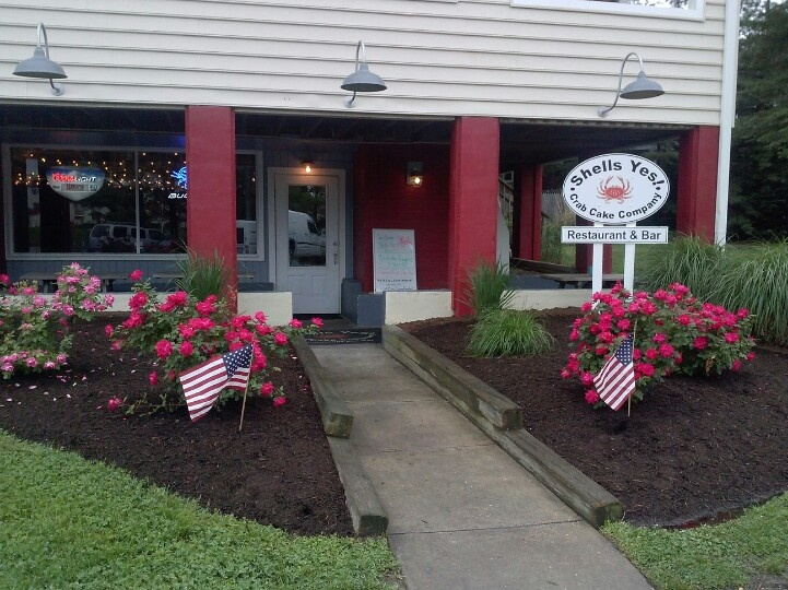memorial day restaurant deals military