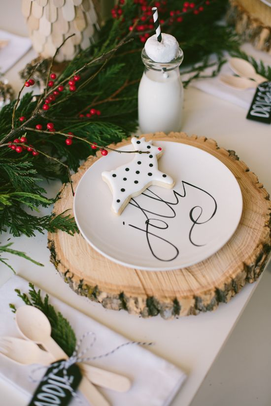 Christmas tablescape by Sweet Little Peanut featuring @Aedriel Originals scripted plates is charming and woodsy. Love those chargers!!