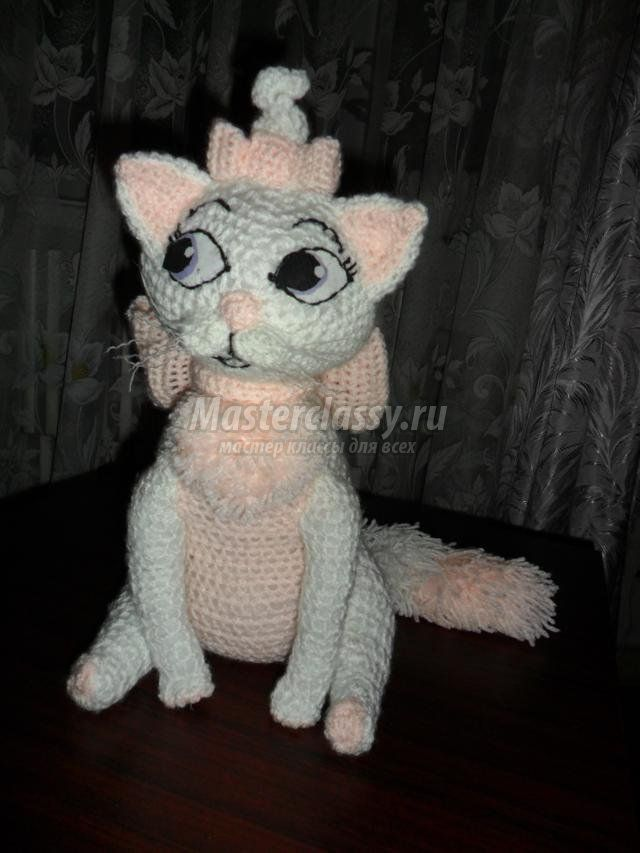 Вязание игрушек котенок