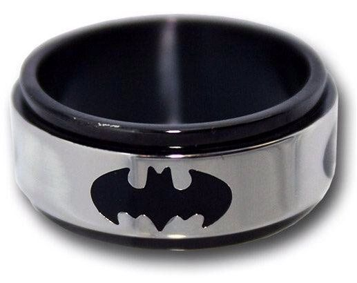 Mens batman titanium ring gifts guys pinterest for Batman wedding rings for men