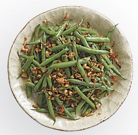GREEN BEANS WITH SMOKED PAPRIKA AND ALMONDS http://www.finecooking.com ...