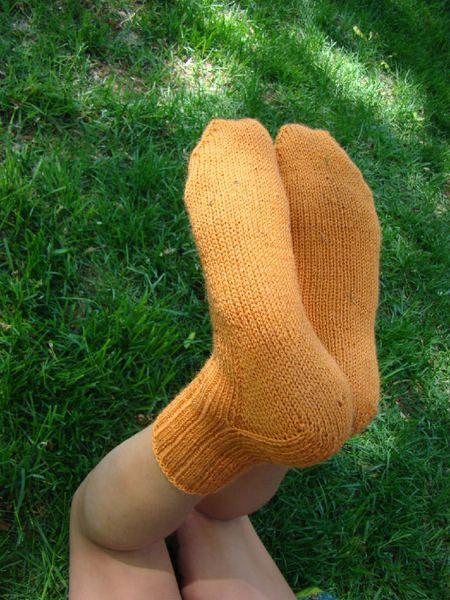 Kids Socks Knitting Pattern : kids knit sock pattern knitting Pinterest
