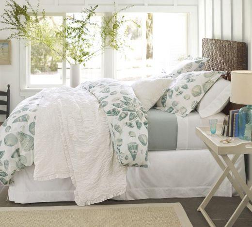 Layered Nautical Bedding Bedroom Decorating Ideas