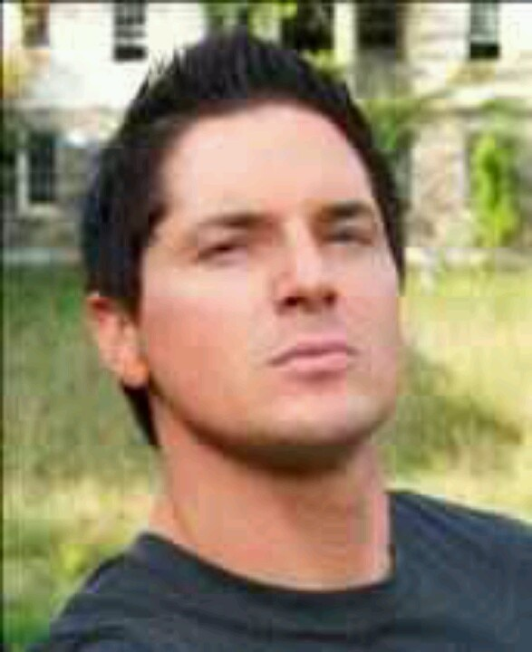 Pinned by Idalia JohnsonZak Bagans Smiling