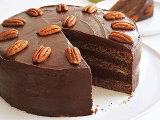 Bullock Sisters' Helga's Cake