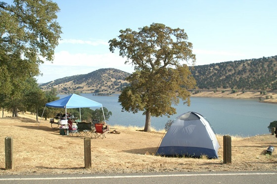 New Melones Lake, California; Images are from Bureau of Reclamation, New Melones camping page.