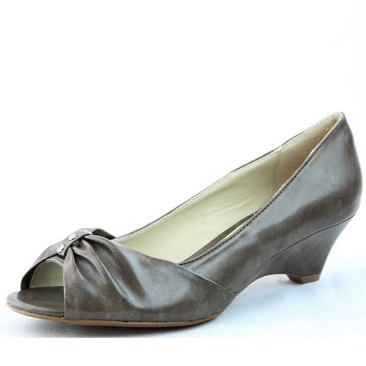 Stylish Ladies Designer Fashion Wedges. Sole: rubber Newest Style, Product Code: Pearl-52 Taupe Feel great in this new trend!~ Featuring wedge heels about 2.5 inches, peep toe opening with bow decor Womens Running Shoes 11, Michael Antonio 9, Womens Shoes Size 7.5 Sneakers