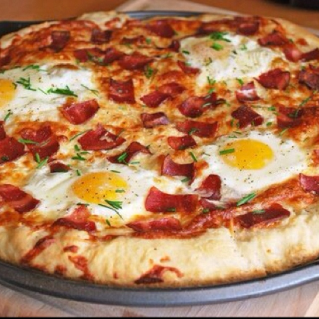 Pizza with sunny side up eggs yummmmm!! | cooking up a storm | Pinter ...
