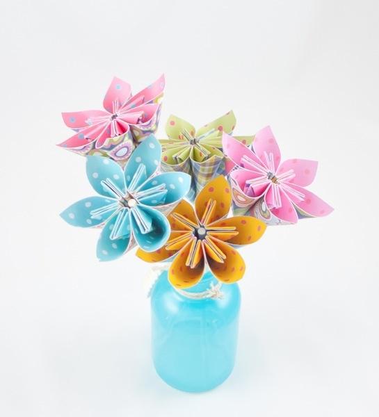 B for Blossoms Origami Tutorial by @Nina Gonzalez Gonzalez Yang
