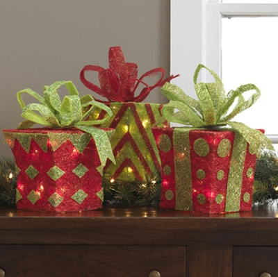 Raz lighted christmas packages christmas decorating for Christmas decoration deals