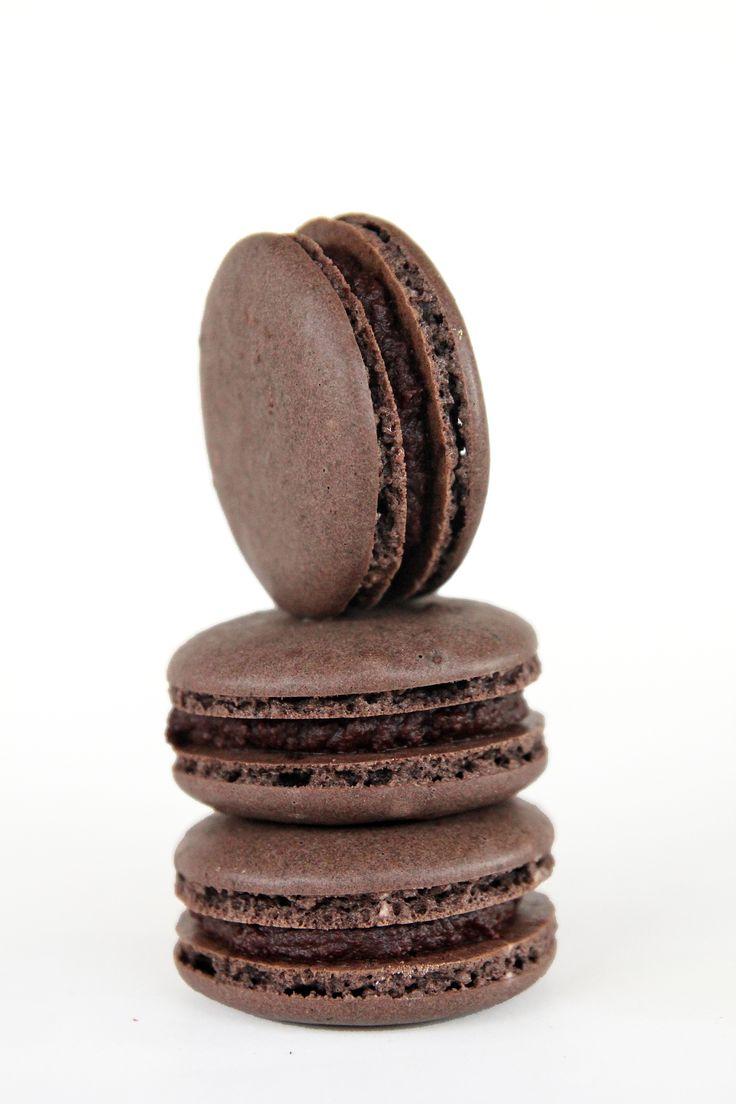 Hot Chocolate macarons | Macarons Mania | Pinterest