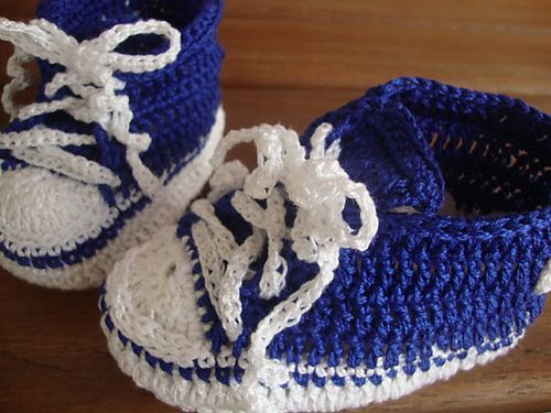 crochet converse Crochet Clothing - Kids Pinterest