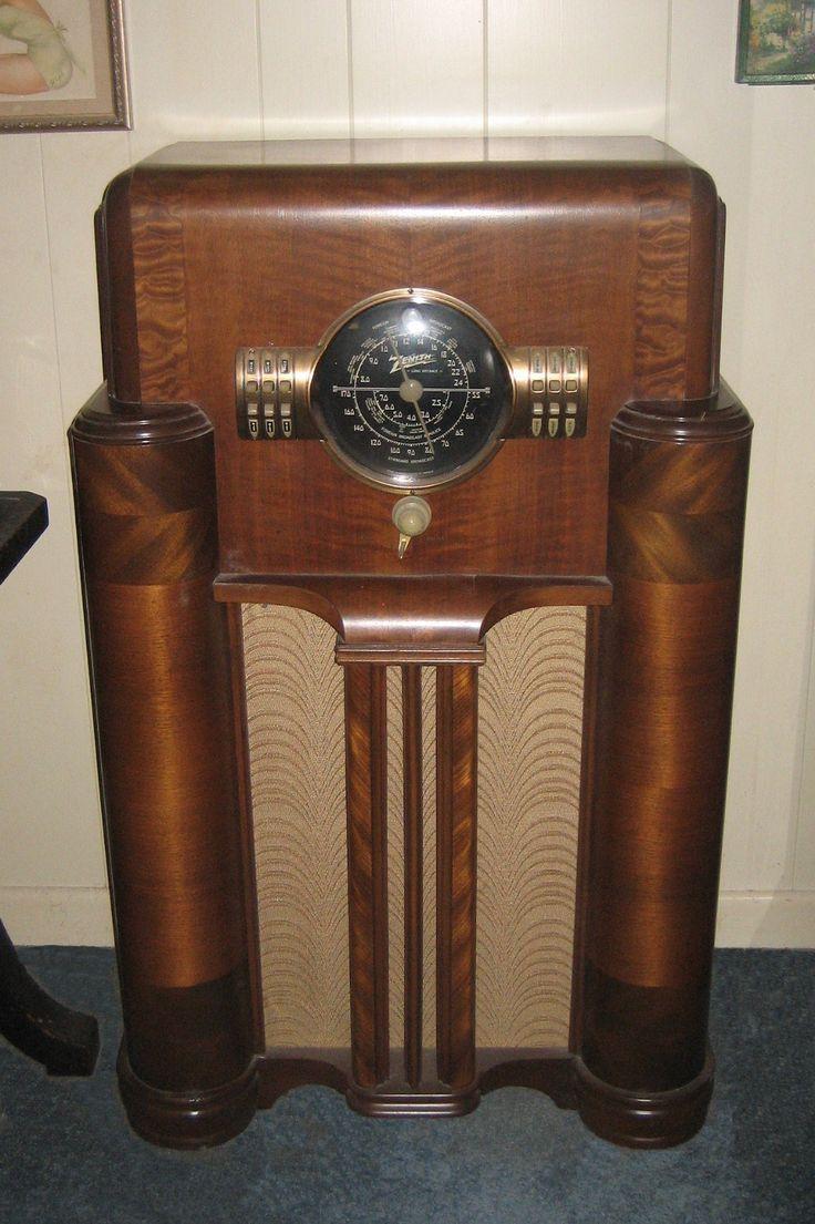 zenith vintage radios tinyteens pics. Black Bedroom Furniture Sets. Home Design Ideas