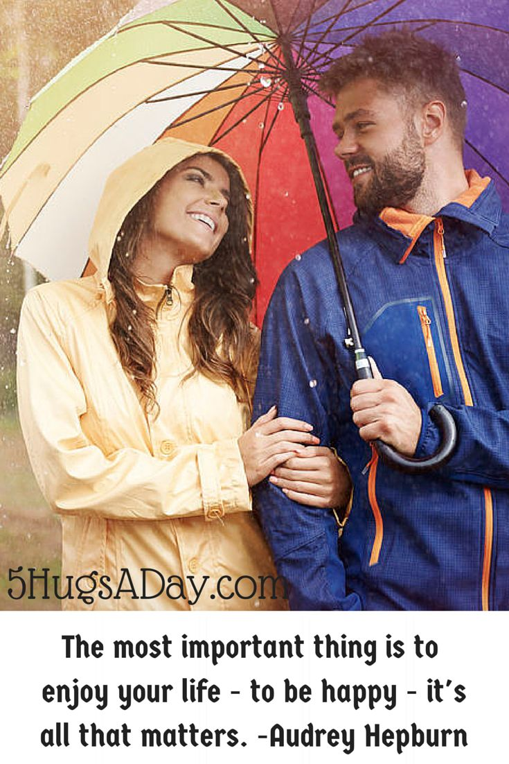 Finding Happiness Even in the Rain via @5hugsaday | 5HugsADay.com