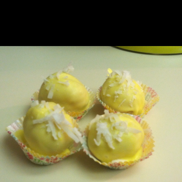 pina colada cake balls