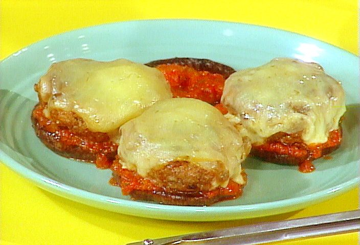 Chili Burgers with Smoked Cheese (except I use regular buns) Rachael ...