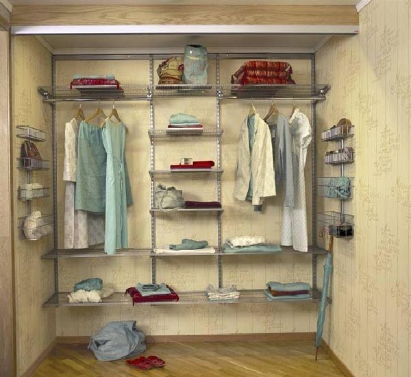 Wardrobe ideas interior design bedrooms pinterest - Open closets small spaces paint ...