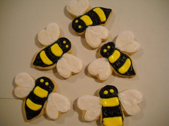Bumble Bees Cookies | Cookies, Bugs / Butterflies / Insects ...