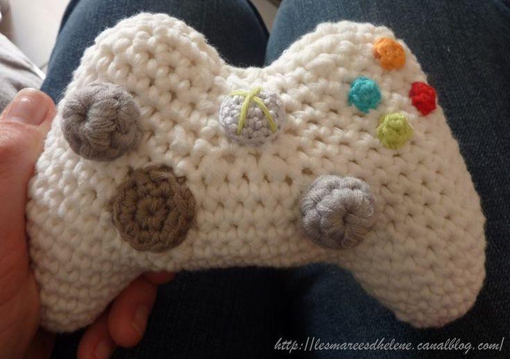 Crochet Geek : xbox #crochet #console #geek crochet Pinterest