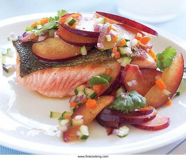 salmon on spinach in tarragon sauce garam masala seared salmon with ...